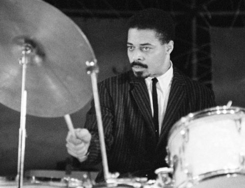 A elegância do baterista Jimmy Cobb se foi…